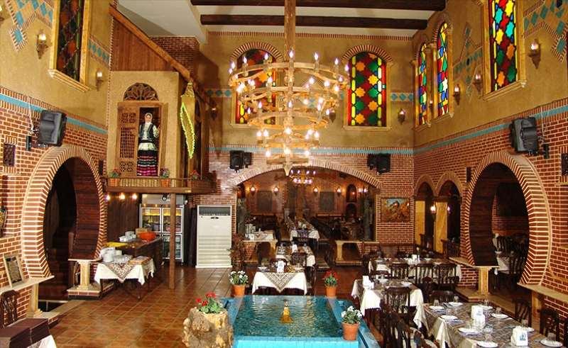 رستوران ایرانی و فرنگی کاپیتان