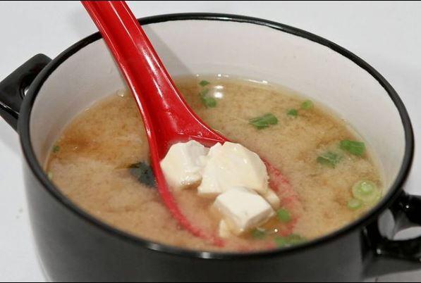 سوپ میسو سوشی