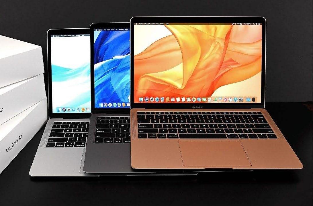 Apple MacBook Air MREE2 2018 with Retina Display - 13 inch Laptop
